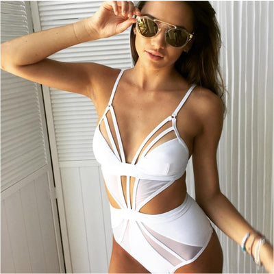 CUT OUT SWIMSUIT