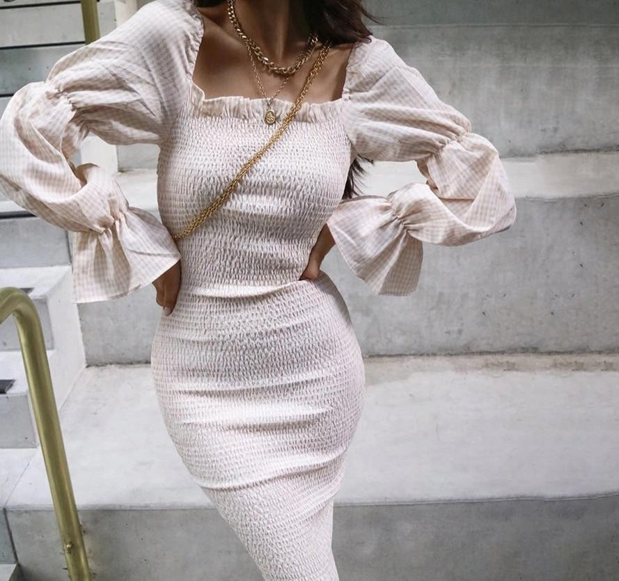 SLEEVE RUCHED BODYCON DRESS