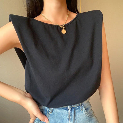 PADDED SHOULDER CHAIN TOP