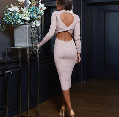 BACKLESS KNITTED DRESS