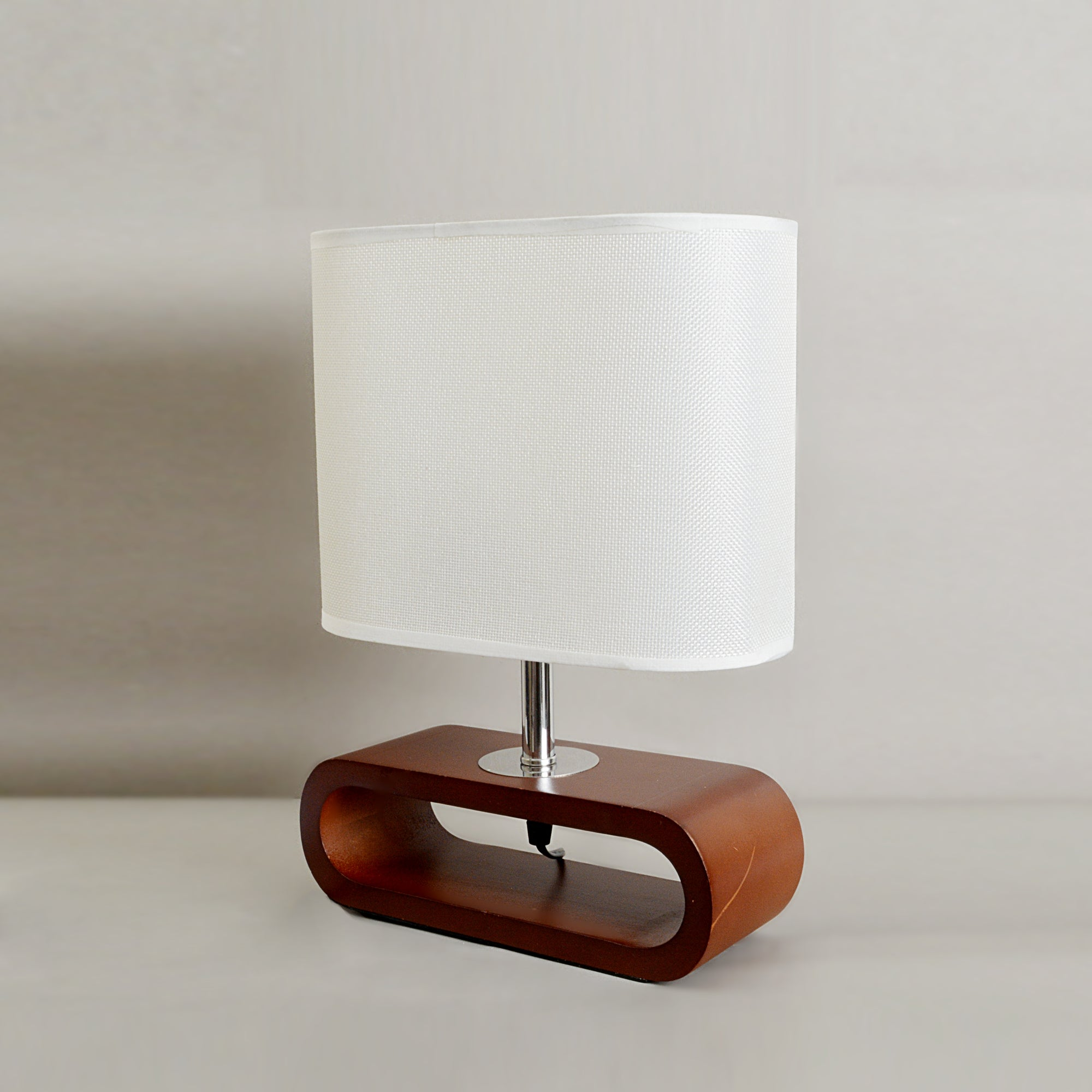 Lamp With Hollow Base