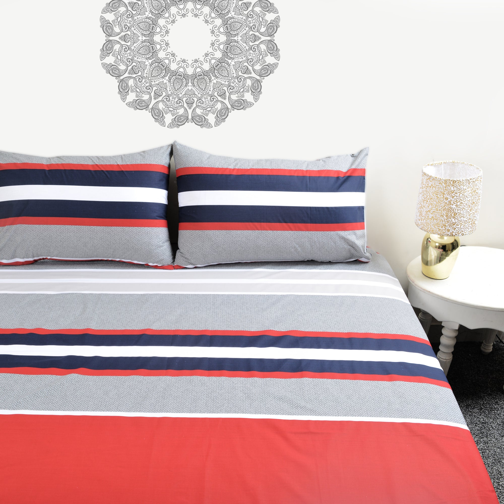 Multi Color Straps Percale Bed Sheet