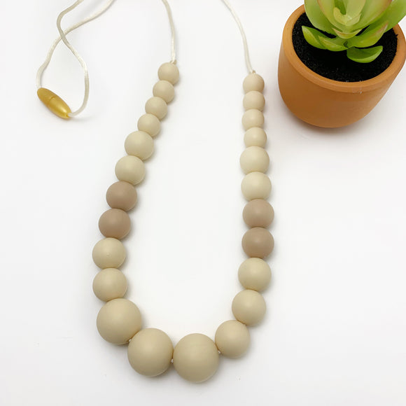 The Vienna - Silicone Teething Necklace for Mom