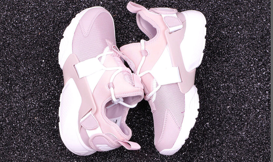 HUARACHE CITY LOW PINK ROSE