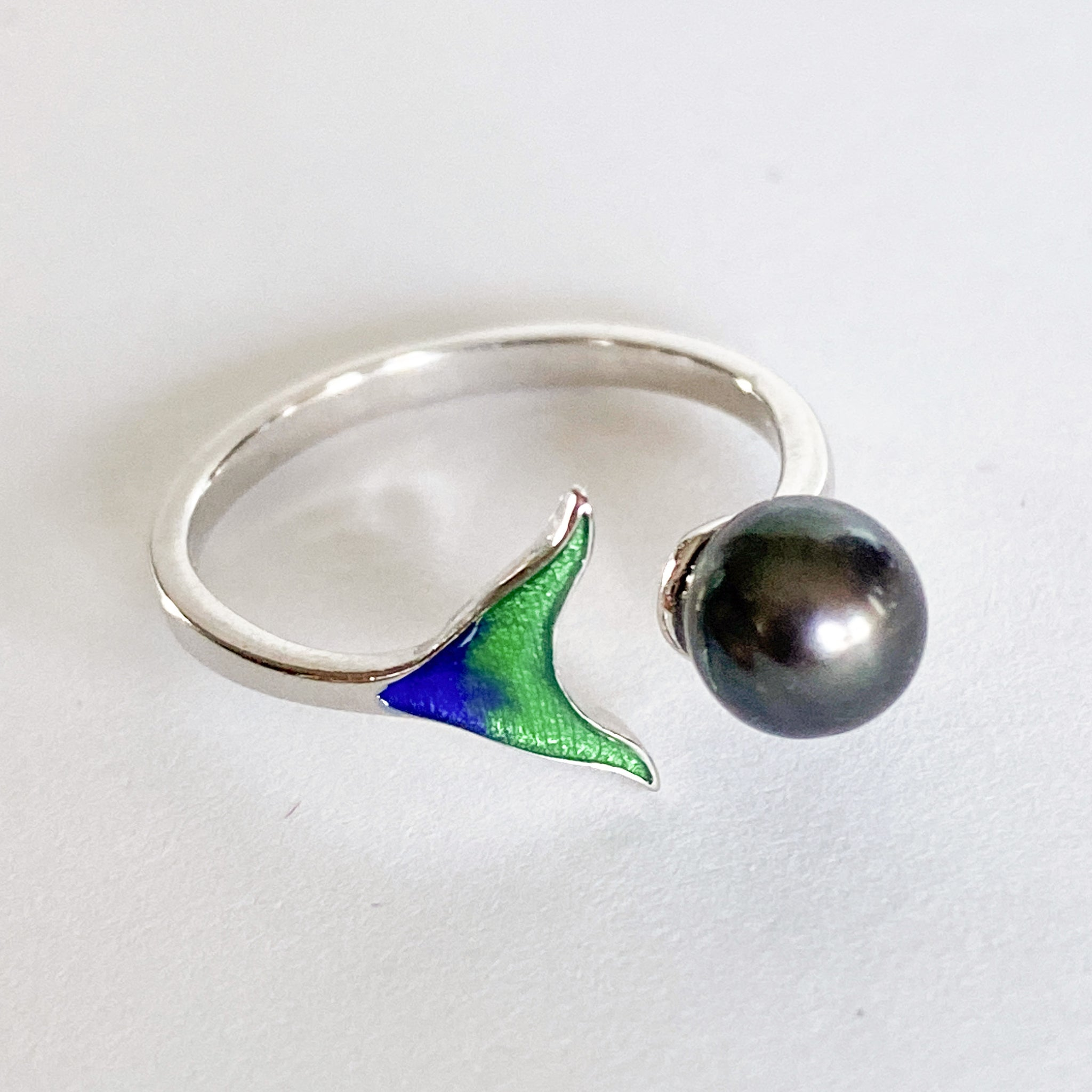 Adjustable sterling silver genuine pearl ring
