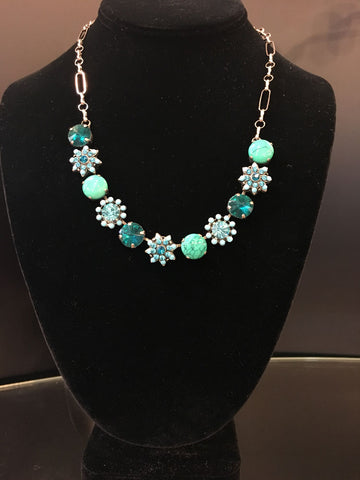 Tsarina Jewlery Necklace Turquoise/ Teal/ Light Green Flower