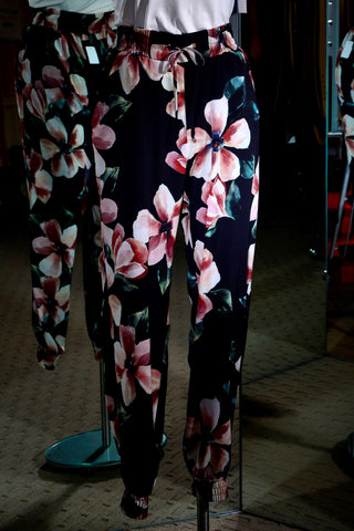Frank Lyman - Weekend Collection Floral Joggers