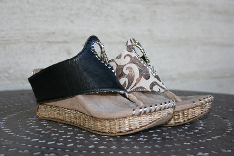 Tita- Modzori Reversible Slip-On Wedge