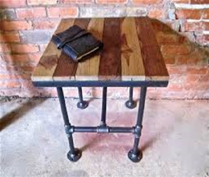 Rustic Side Table - Rustic Furniture Designs