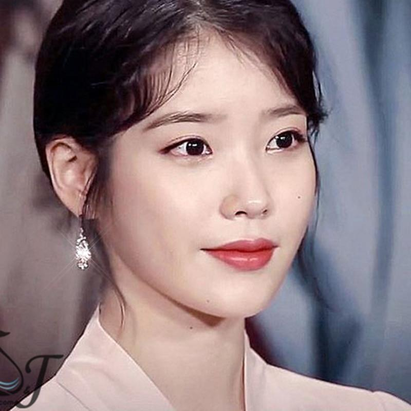 Celeb Style Accessories: Jewelry Dress Like IU: Princess Earrings