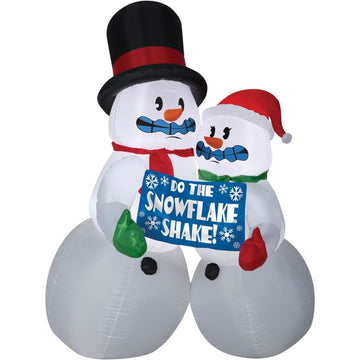 Airblown Shivering Snow Couple - Christmas Decorations Decorations & Props