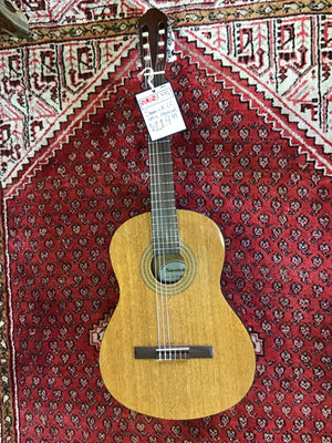 Samick LC015G Classical Guitar USED