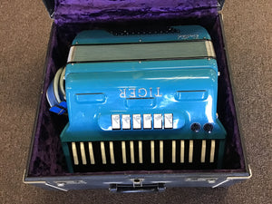 Tiger United Electric Accordion USED