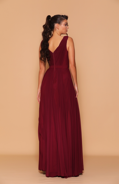 Eleanor Gown by Les Demoiselle