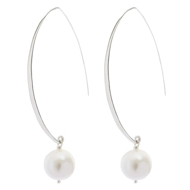 Minimalist  Silver and Pearl Earring