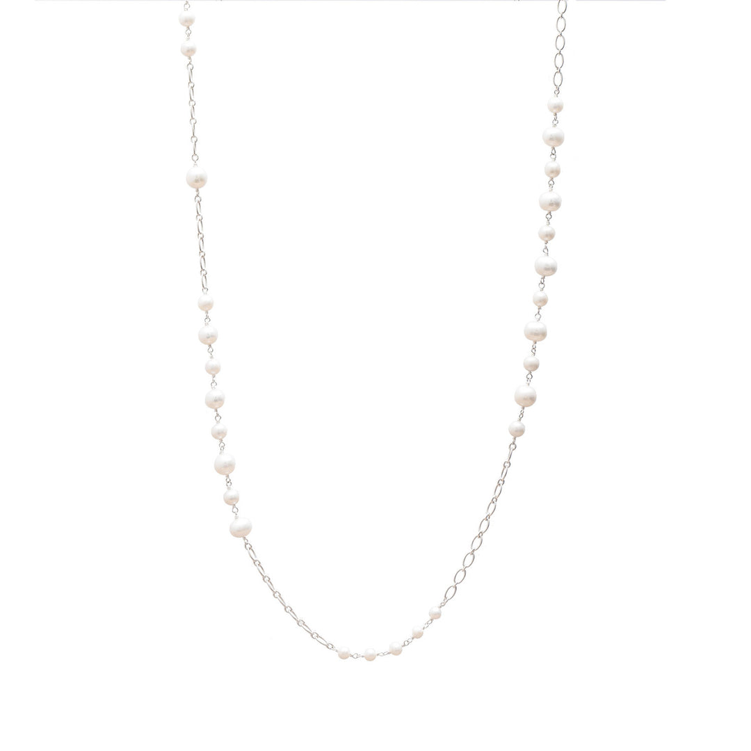 Stylish Pearl and Chain Necklace