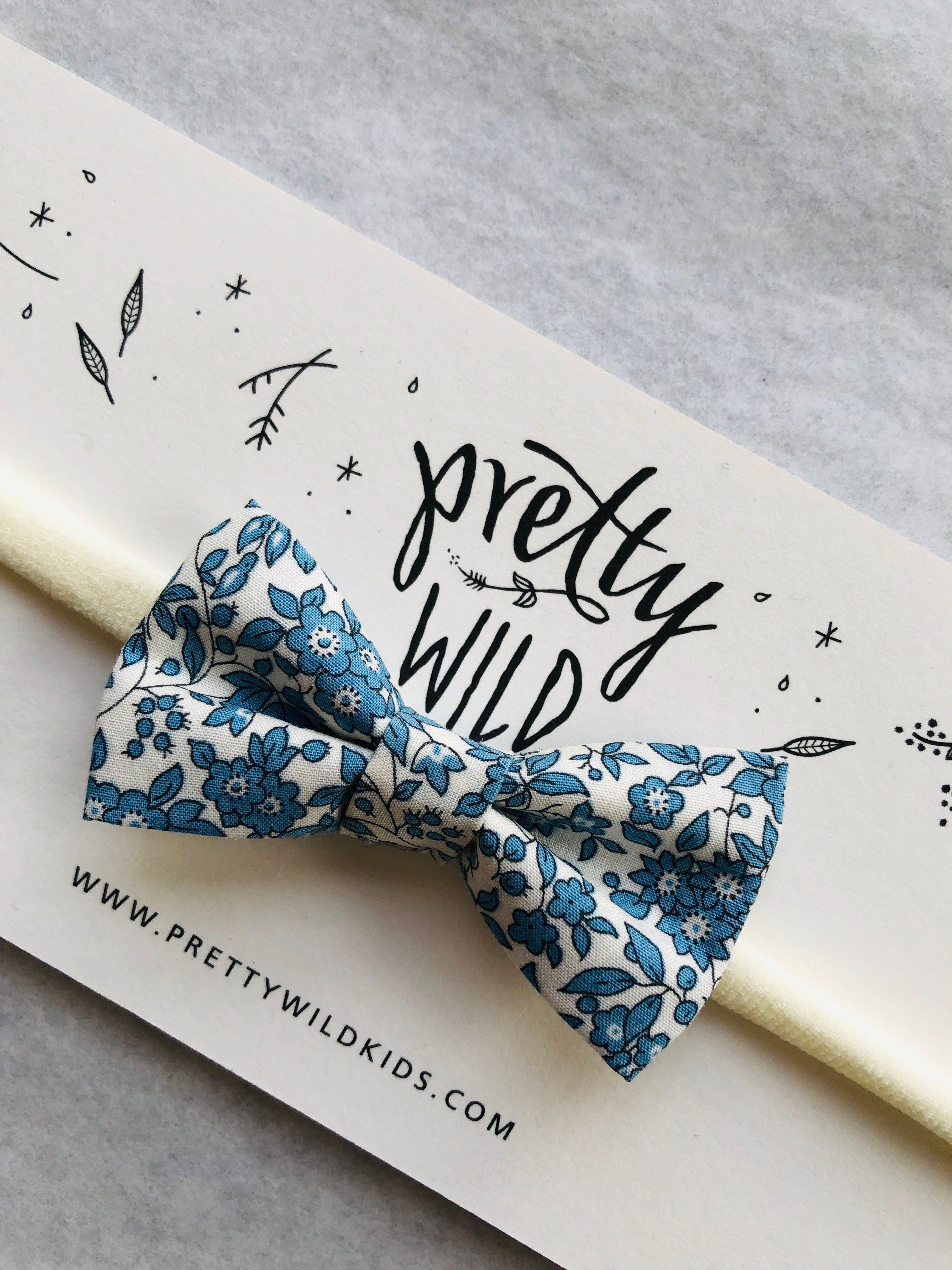 Pretty Wild Minnie Bow - Liberty Print Chamomile
