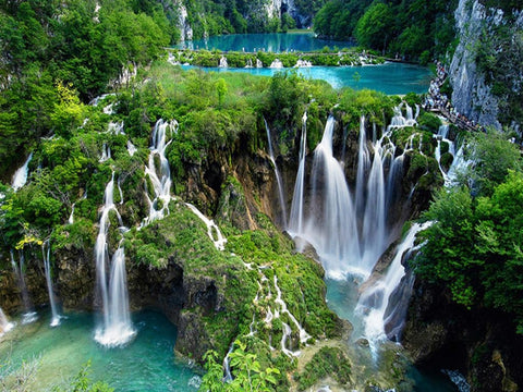 best-waterfalls-plitvice-lakes-croatia