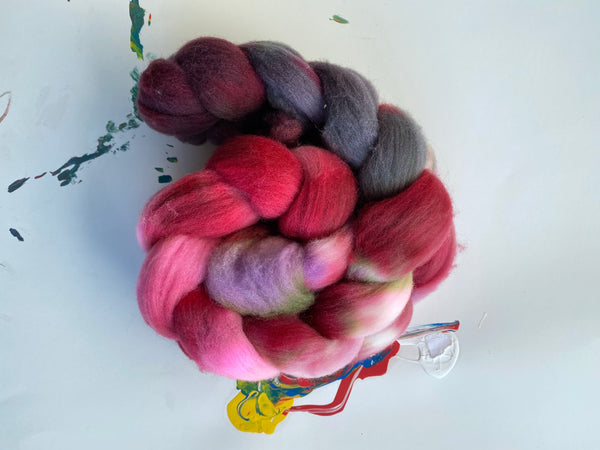 One | Targhee Roving Combed Top