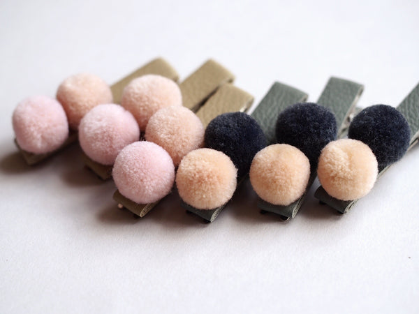pom pom leather clip