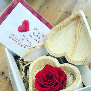 Designer's Choice luxury Brisbane florist flower delivery valentines day