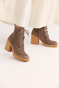 Fair And Square Platform Boots