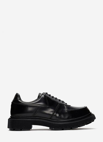 Type 123 Leather Shoe In Black
