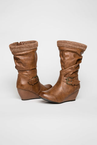 Buckle wedge boots