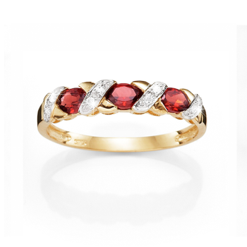 9ct Garnet & Diamond Ring