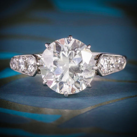 ART DECO DIAMOND SOLITAIRE RING PLATINUM ENGAGEMENT RING CIRCA 1920