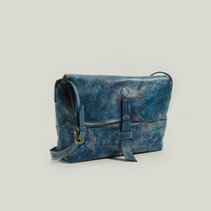 LEATHER MESSENGER BAG, FIERY FINESSE