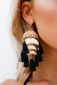 CHANDELIER EARRINGS (BLACK/GOLD)