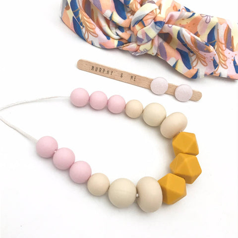 AUTUMN MUMMA Silicone Necklace Gift Set