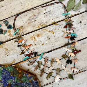 ZUNI ANIMAL TOTEM FETISH NECKLACE WITH 53 ANIMALS