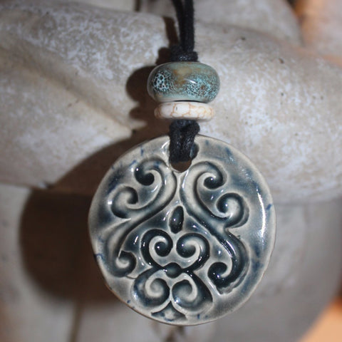 Essential Oil Diffuser Pendant for Aromatherapy Necklace