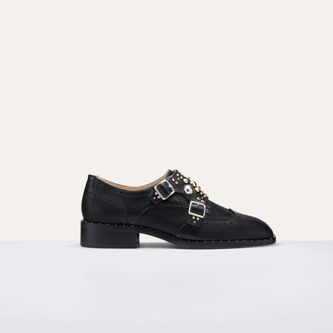 DERBIES WITH STUDS