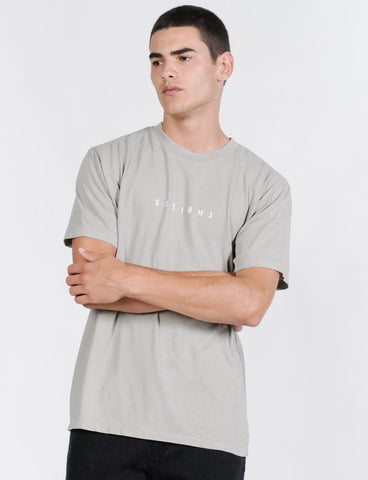 MINIMAL THRILLS MERCH FIT TEE - CLAY