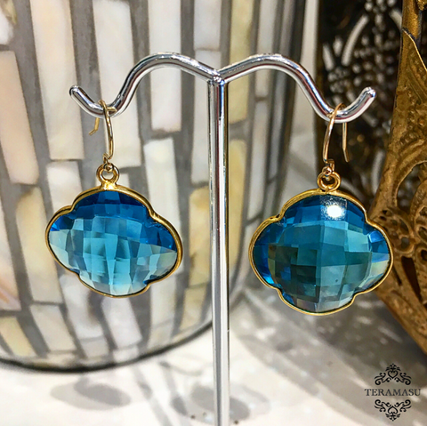 Teramasu Apatite Quartz Clover Drop Earrings