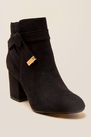Report Montez Bow Ankle Boot