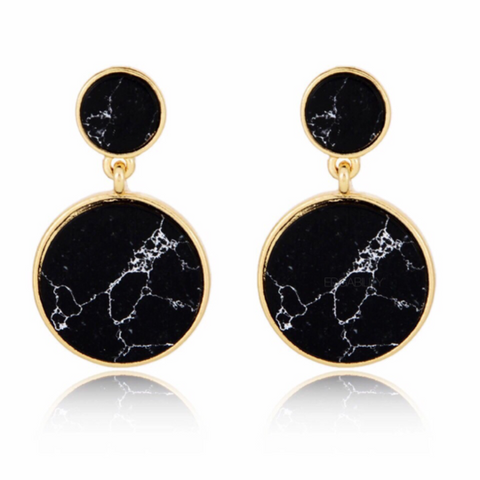 Dickens Black Earrings