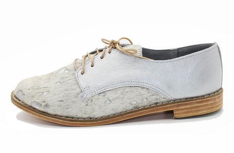 ZOLA IN SILVER SPECKLED BOVINE / METALLIC SILVER