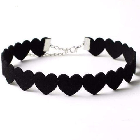BLACK HEART LOVE CHOKER