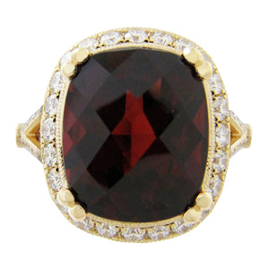 CARDINAL RING IN YELLOW GOLD WITH GARNET & DIAMOND HALO ON SPLIT SHANK