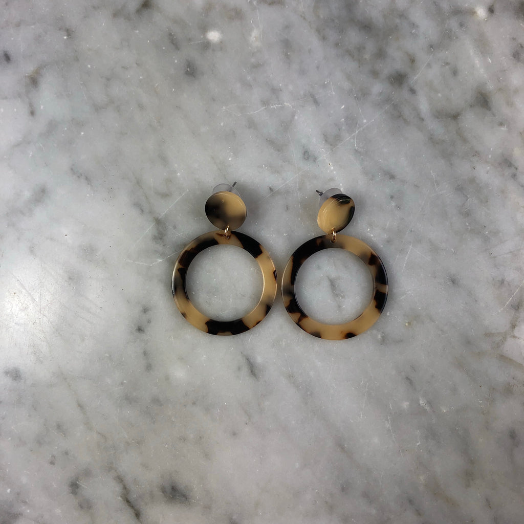 Resin Medium Loop Earrings Tortoise Shell