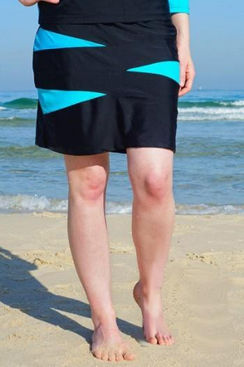"Get up and Go! 18.5"" Triangle Spliced Swim Skirt with Attached Shorts"