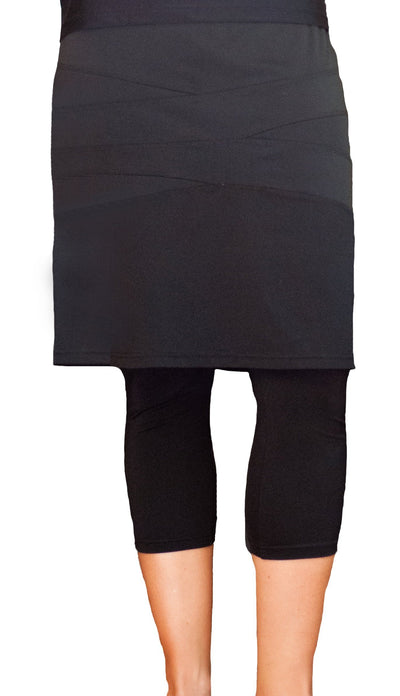 "Nadadora Running Swim Skirt 22.5"" with Extra Long Leggings"