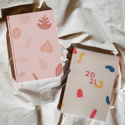 BUNDLE: GO FORTH 2021 A5 Weekly Planner + Blush Bullet Journal Notebook