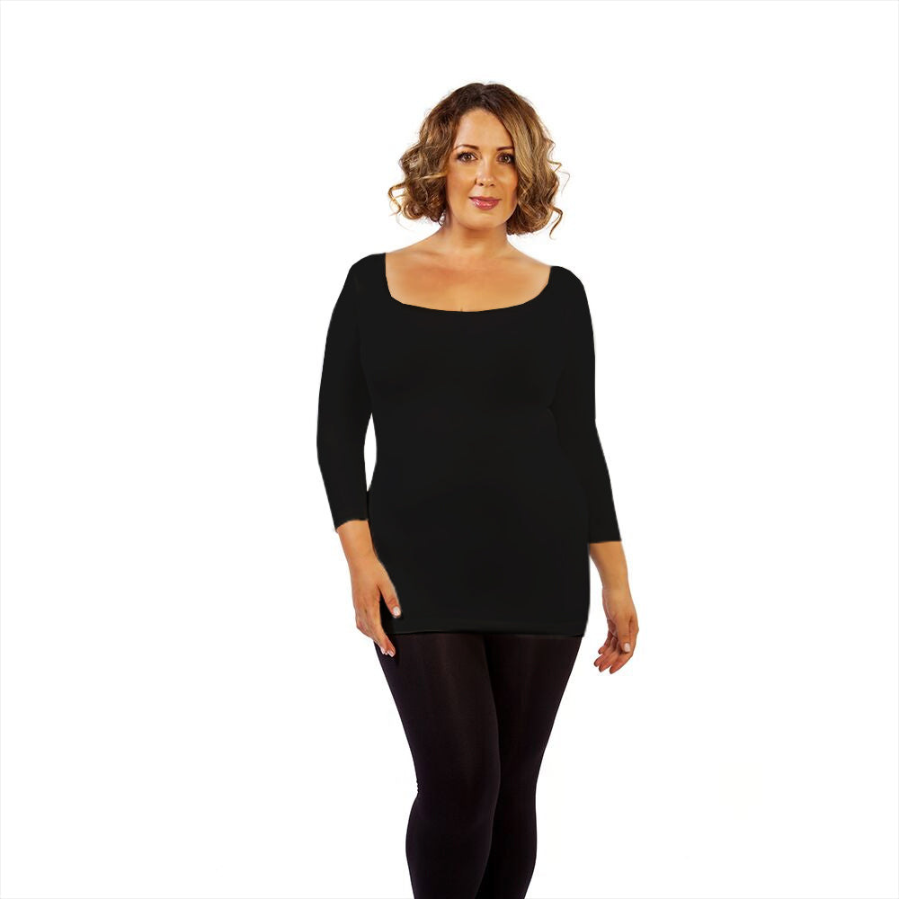 Plus 3/4 Sleeve Scoop Neck