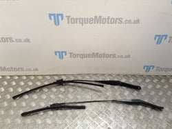 Ford Focus ST225 MK2 ST Front windscreen wiper blades & arms