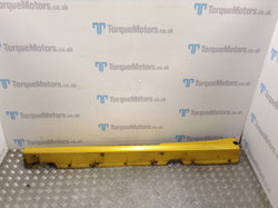 2008 Renault Clio 197 F1 Passenger side skirt (Yellow)